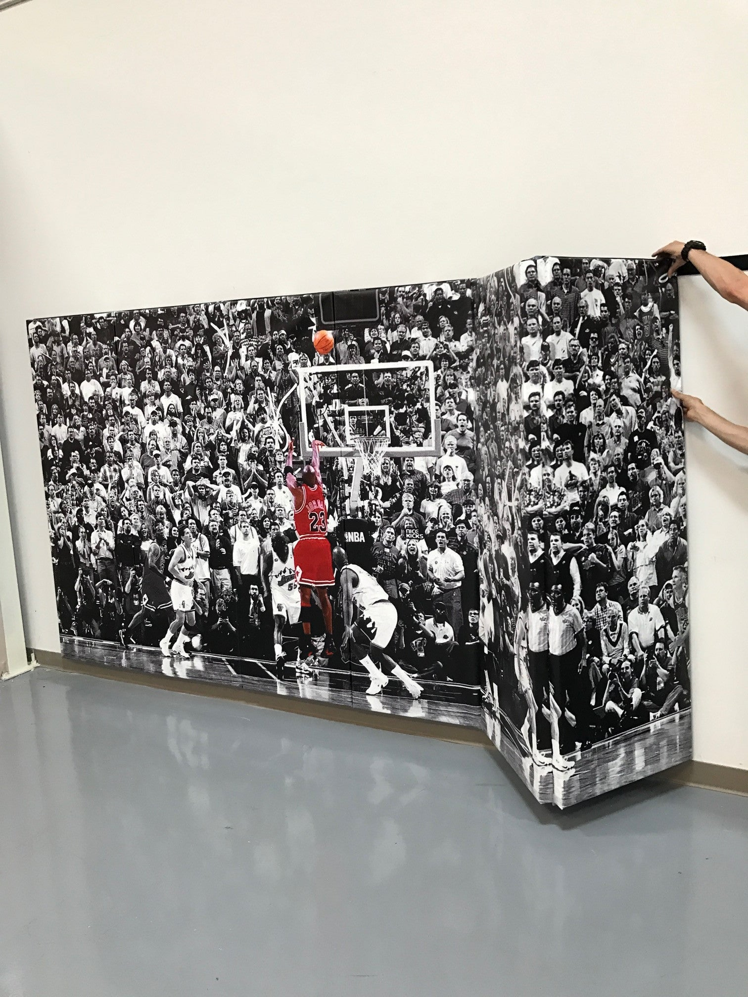 "Digitally Printed 6' x 12' x 2"" Removable Folding Gym Wall Pad With Velcro"