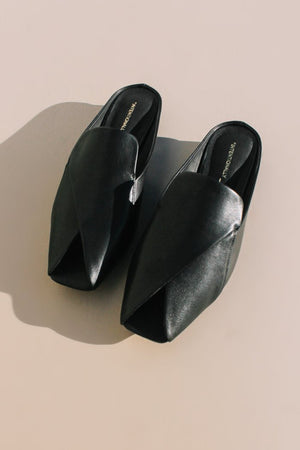 Intentionally Blank Fortune black leather slip ons | Pipe and Row