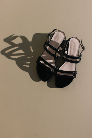 Intentionally Blank shoes Hazel sandal, heel black patent leather | Pipe and Row