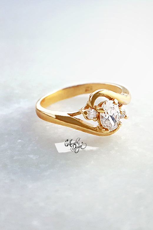 Arcadia Designs Solitaire Wave Crystal gold Ring under 30 dollars