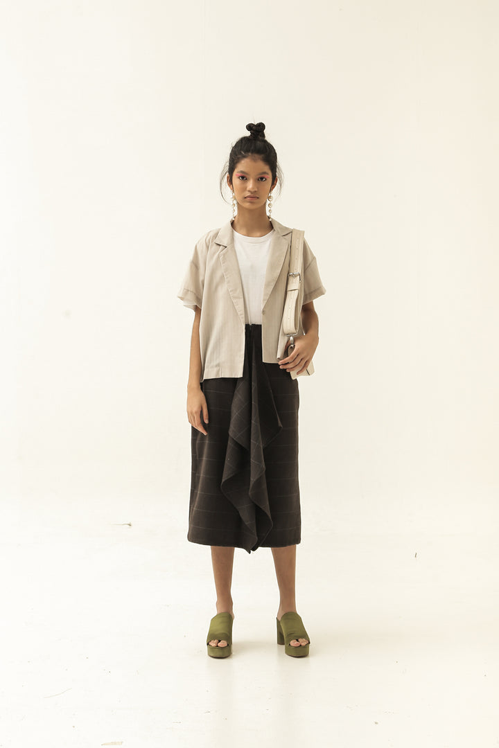 Semenanjung Short Sleeve Jacket in Beige