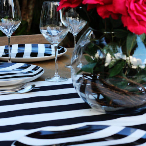 Table Setting Black & White Stripe Plate