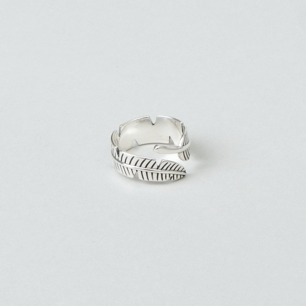 Lone Flag - Feather Ring
