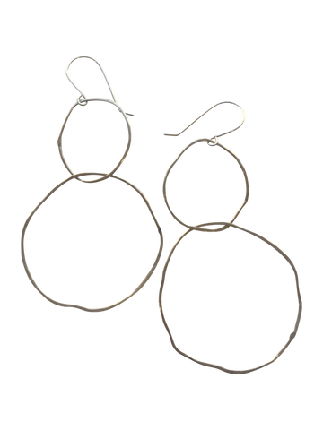 perfectly imperfect intertwined double circle earrings