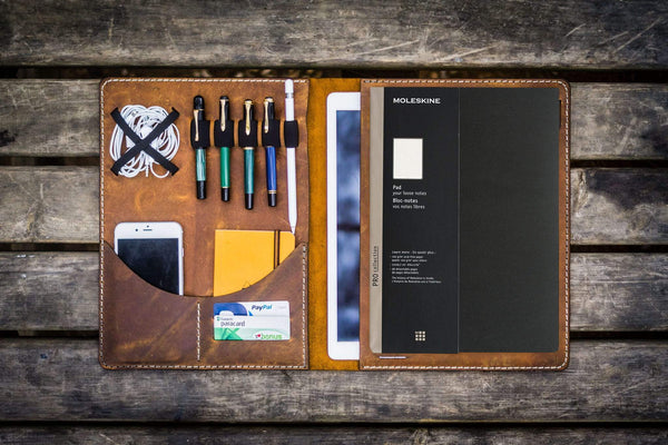 Moleskine Professional Workbook A4 Cover, Leather Compendium - Crazy Horse Brown-Galen Leather