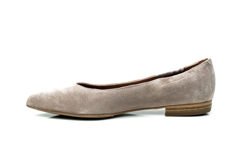 nude suede pointy toe comfortable flat shoes for women in extended large sizes 9, 10, 11, 12, 13, 14 handmade in Spain inside view