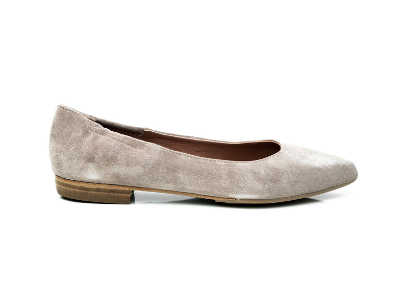 nude suede pointy toe flat skimmers for women in extended large sizes 9, 10, 11, 12, 13, 14 handmade in Spain outside view