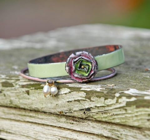 Hesperides - Botanical-Inspired Enameled Bangle Set