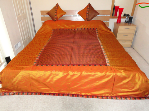 Orange, Silk Organza Quiltlike Bedspread with Cushion Covers. Housewarming bedlinen gift. Ethnic, Indian bedcover. Indian Bedspread. From Artikrti.