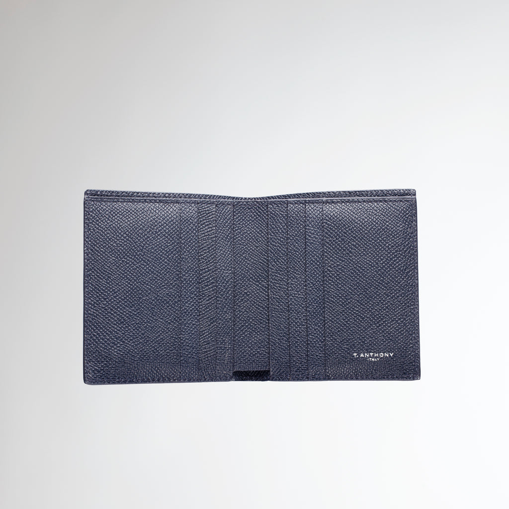 COMPACT HIP WALLET