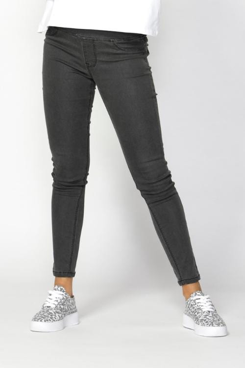 BETTY BASICS Nixon Jeans - Charcoal TEMPORARILY SOLD OUT