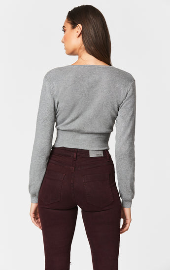 CUT OUT TWIST FRONT LONG SLEEVE SWEATER