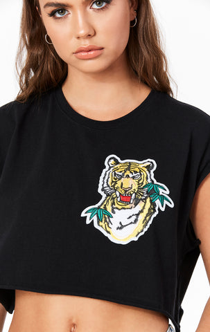 TIGER APPLIQUE SLEEVELESS TEE