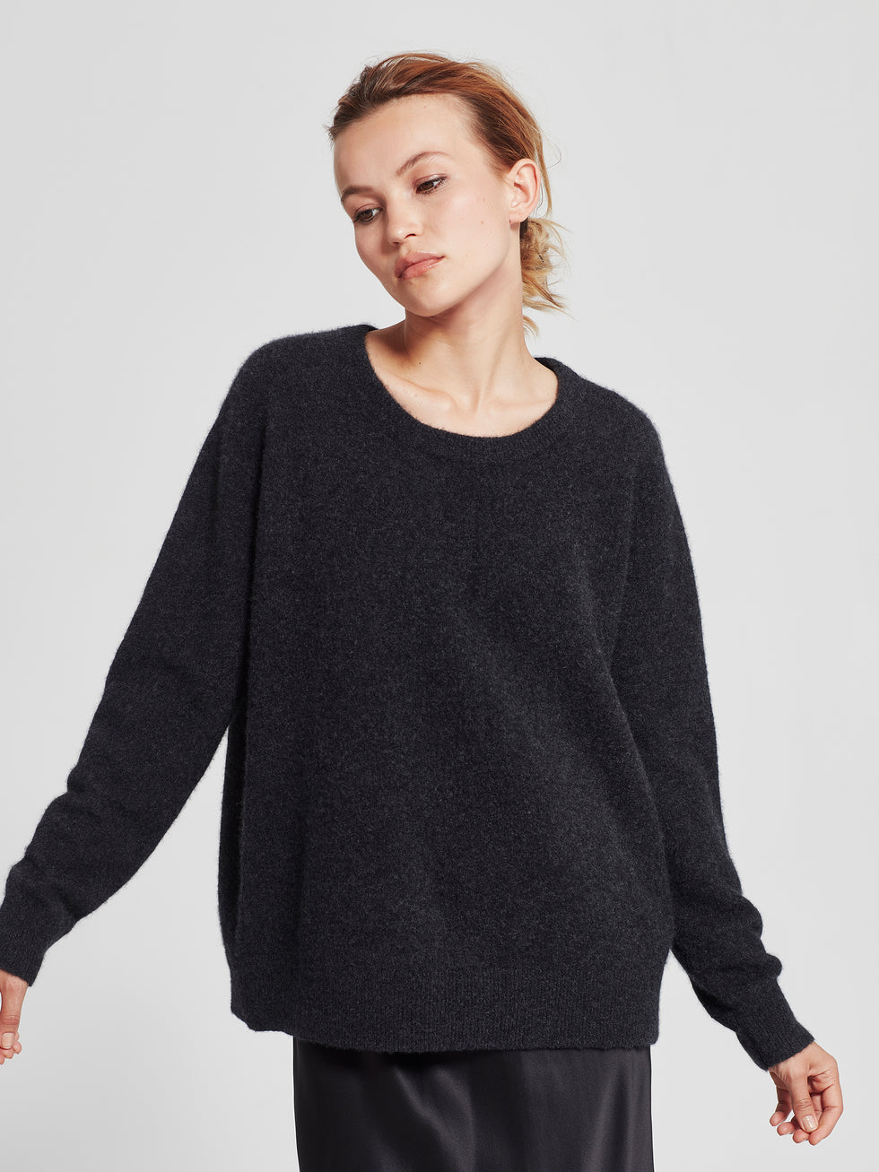 Chester Sweater (Cashmere) Graphite