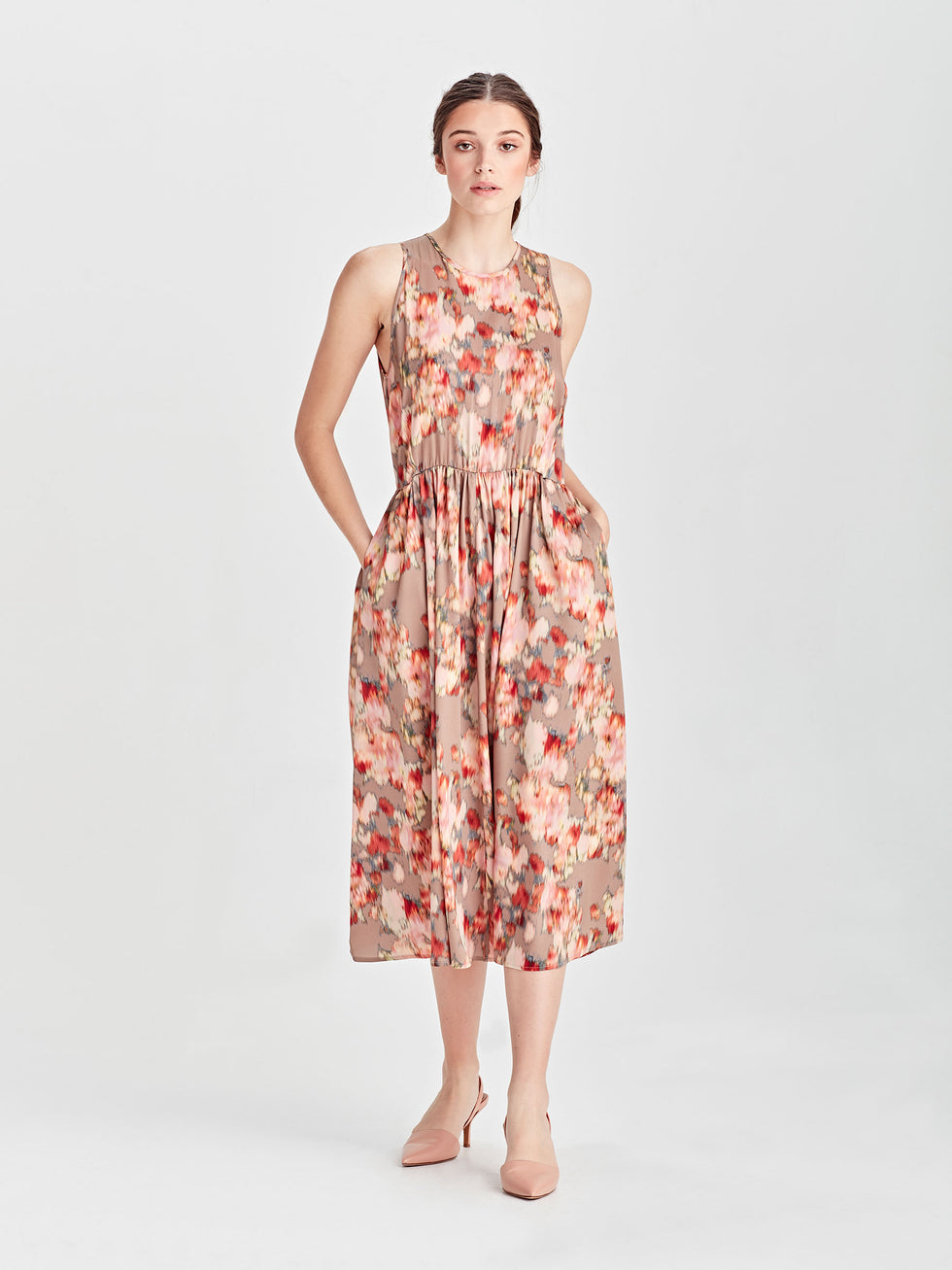 Freja Dress (Floral Shift) Tapestry