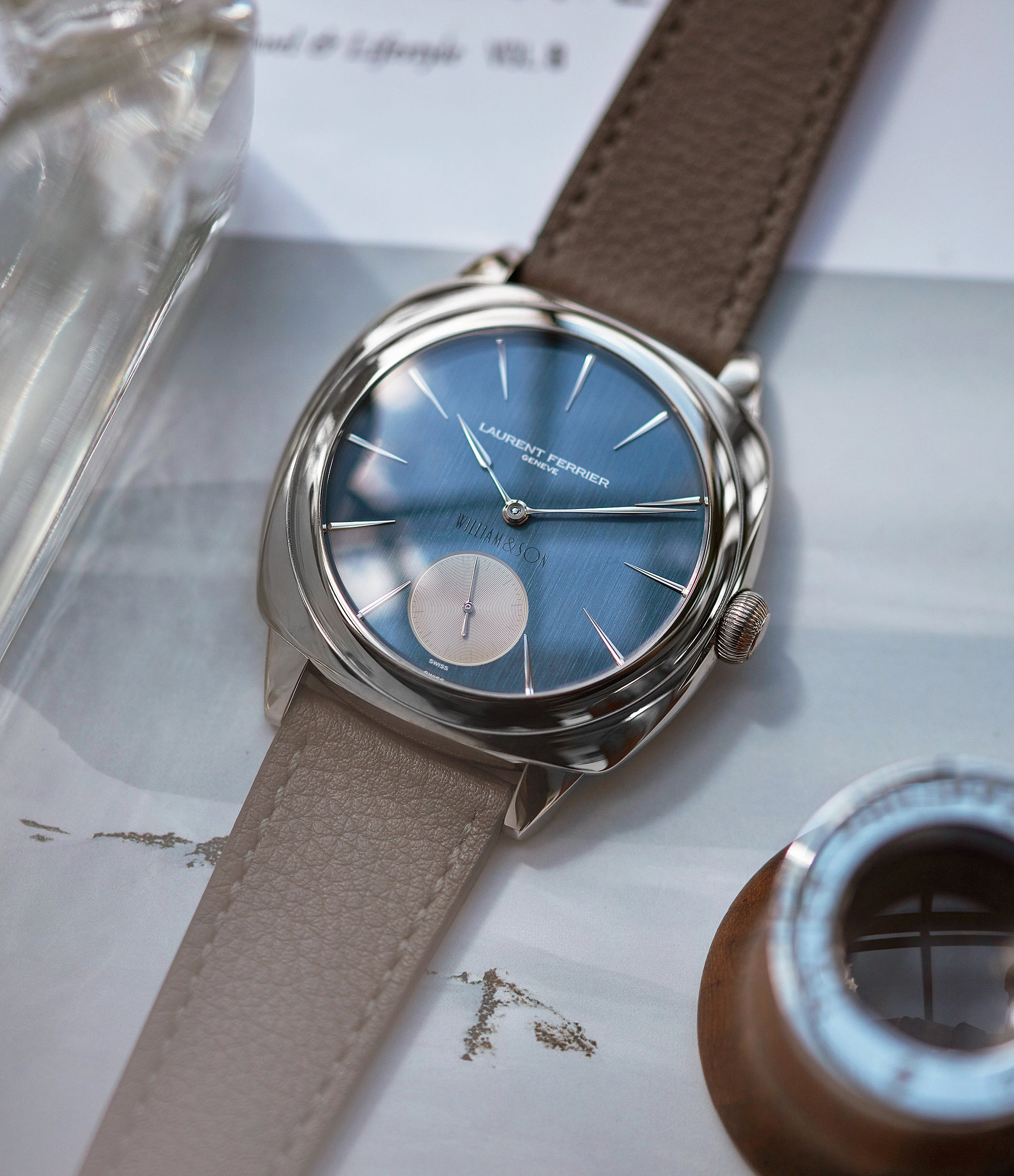 buy preowned Laurent Ferrier Micro Rotor LF 229.01 Galet Square William&Son blue dial white gold watch online at A Collected Man London approved seller of preowned independent watchmakers