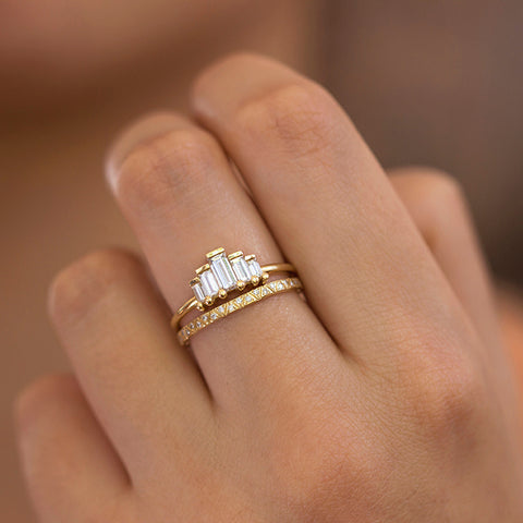 Art-Deco-Engagement-Ring-Set-with-Baguette-Cut-Diamonds-on-Hand