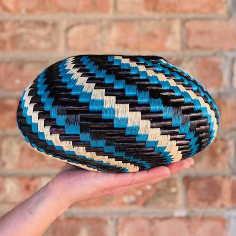 Wounaan Folk Art Vase Basket WV048 - Unique Handmade Gift