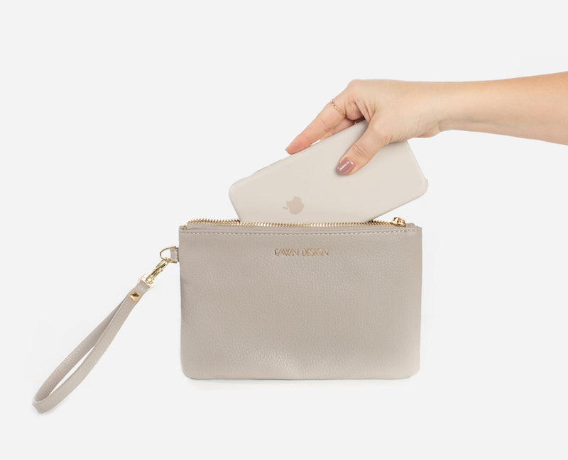 Fawn Design Charging Clutch in Gray