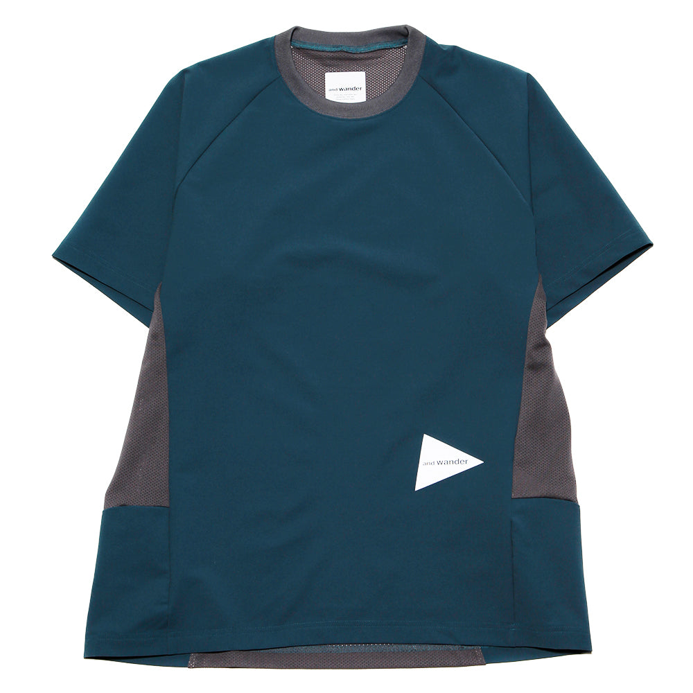 AW91FT023 and wander Hybrid Base Layer T-shirt / Green