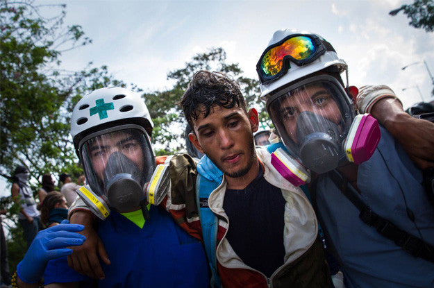 First Aid on the Front Lines of Venezuela's Civil War