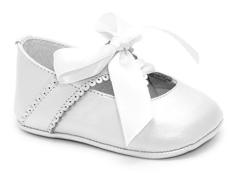 Patucos Infant Classic Shoes for Girls White