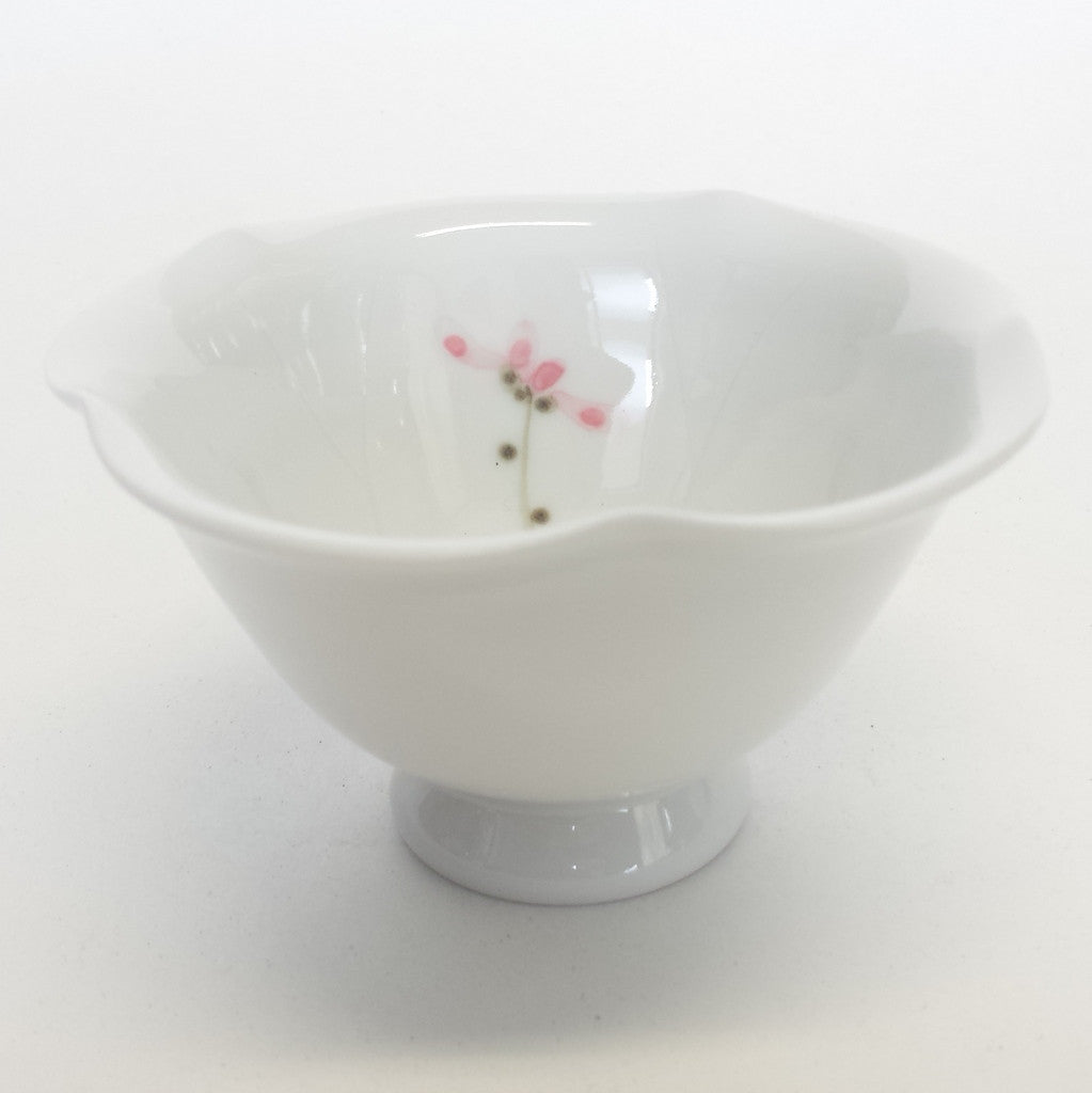 Porcelain teacup - lotus white
