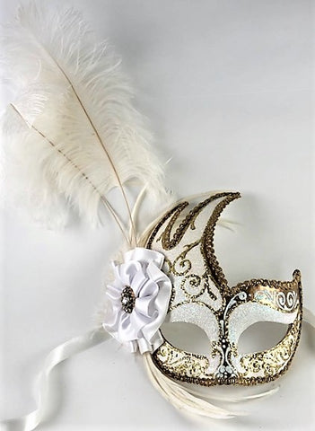Feathered Cigno Masquerade Mask White and Gold Image