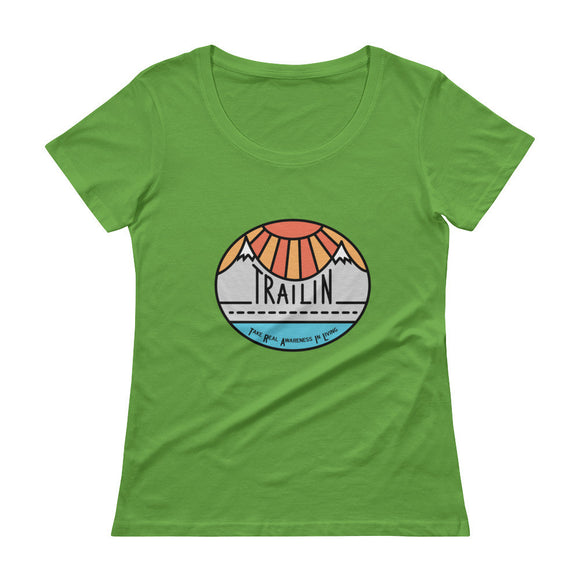 TRAILin Ladies' Scoopneck T-Shirt - colored logo