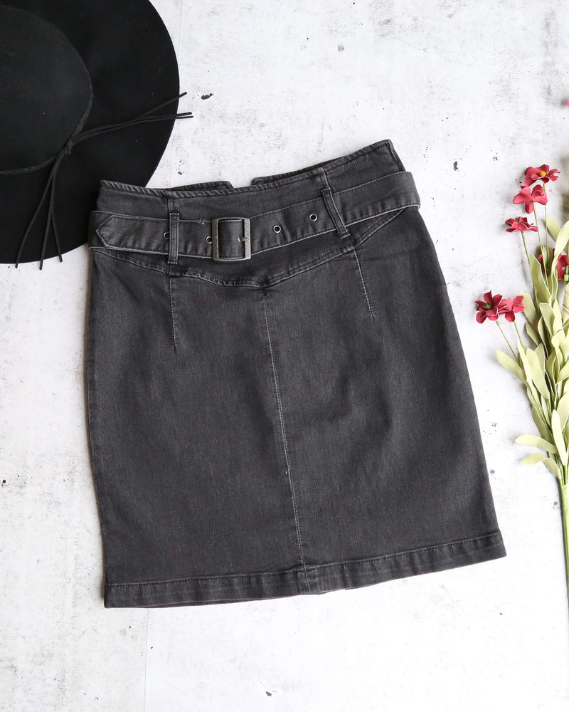 Free People - Livin It Up Denim Pencil Mini Skirt - Worn Black