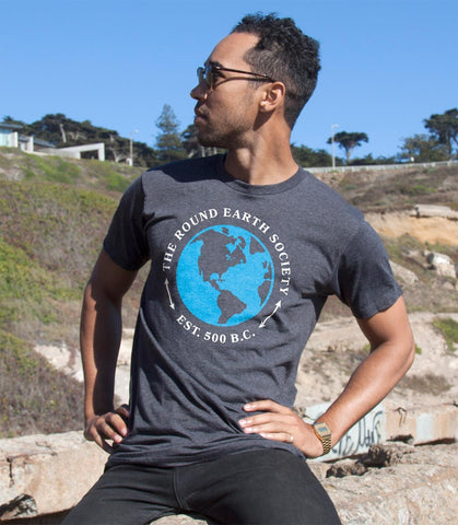 The Round Earth Society Men's T-Shirt
