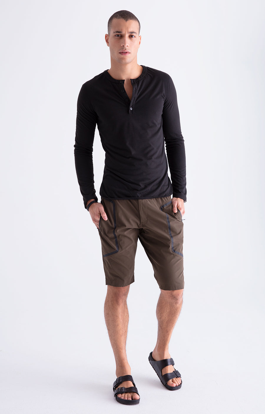 Genius - Two-In-One Zip Pocket Travel Shorts in Dark Olive