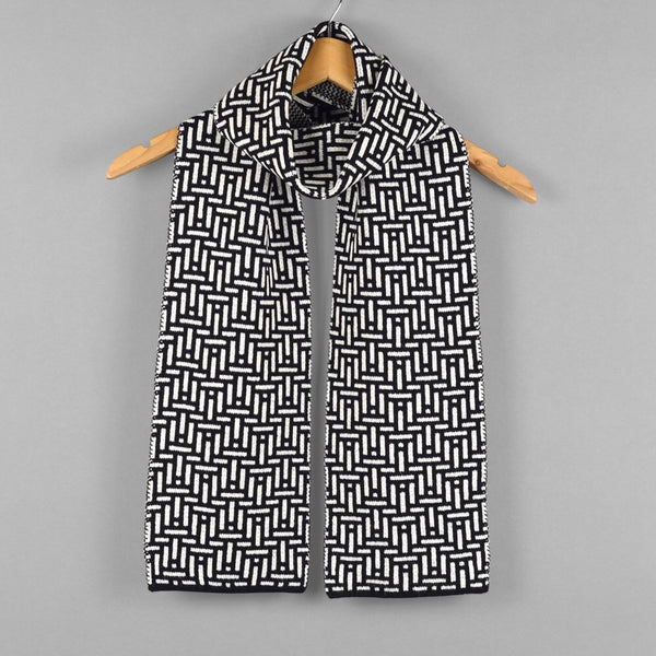 Kinetic Pattern Scarf Black/White