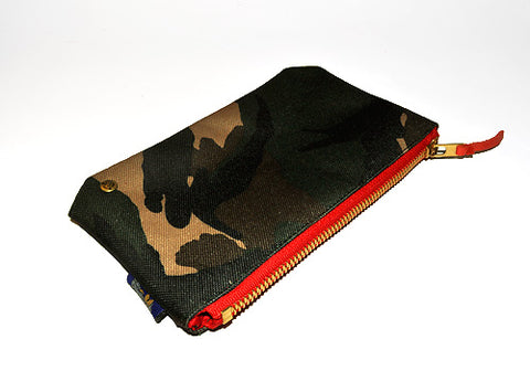 Quincy Clutch (Camo) - CHRiS CARDi House of Design