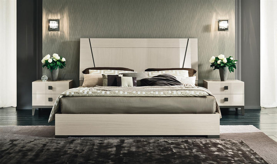 Beds, Vega Queen Bed : Huffman Koos Furniture