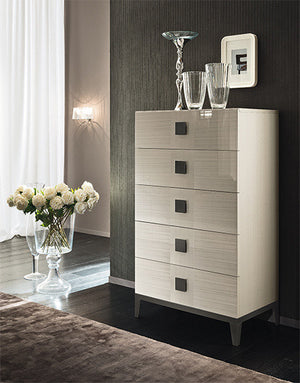 Dressers, Vega Chest : Huffman Koos Furniture