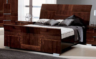 Beds, Venice King Bed : Huffman Koos Furniture