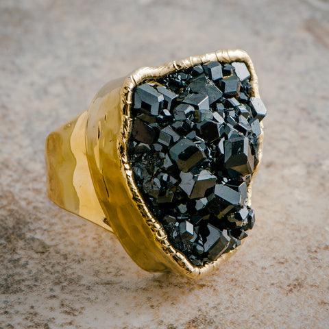 BLACK AMETHYST CLUSTER RING