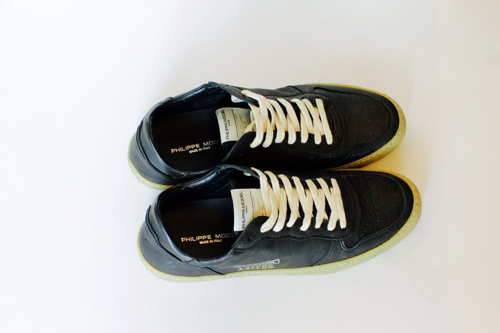 Mens West Noir Leather Sneakers