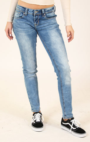 Distressed Frayed Skinny Jeans | 9323
