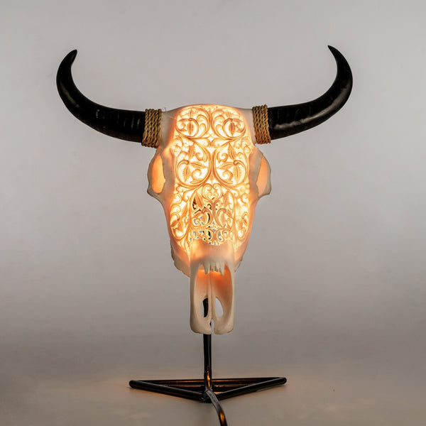 Skull Lamp - Celtic Storm