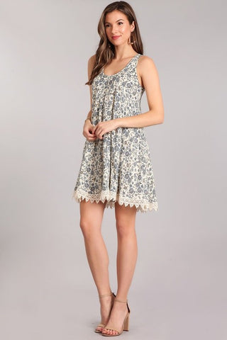 FLORAL PRINT LACE BOTTOM DRESS