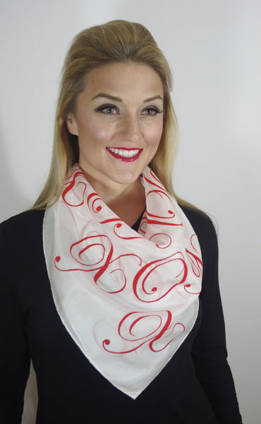 - Hugs & Kisses(Red) Scarf