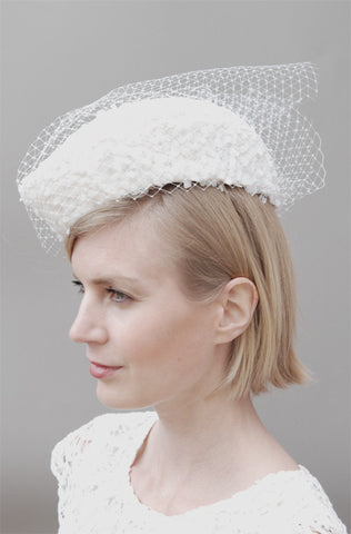 Glengarry Bridal Percher Headpiece