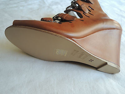 ~NIB SURFACE TO AIR COGNAC BROWN LEATHER BUCKLED WEDGES / HEELS  ~ 38