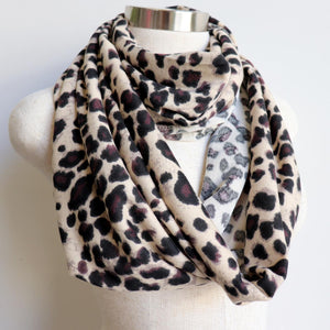 Ethically produced + handmade snood in an animal themed print. Cosy + comfy for all day winter wear. Measures 50cm x 170cm around.