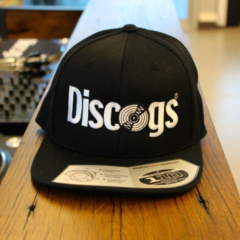 Snapback cap with Discogs logo