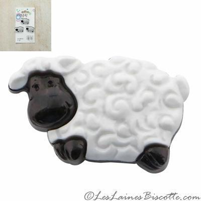 buttons fashion knitting accessories black and white sheep