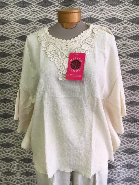 Natural cotton by Azteca Lindo  1126n  Ladies top with lace.  Use code save50 at checkout to save 50%