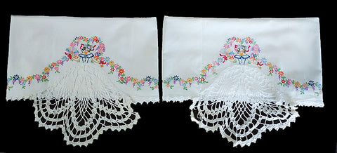 GORGEOUS VINTAGE SOUTHERN BELLE COLONIAL LADY CROCHETED & EMBROIDERED BY HAND LACE SKIRT  PILLOW CASE - 1 PAIR